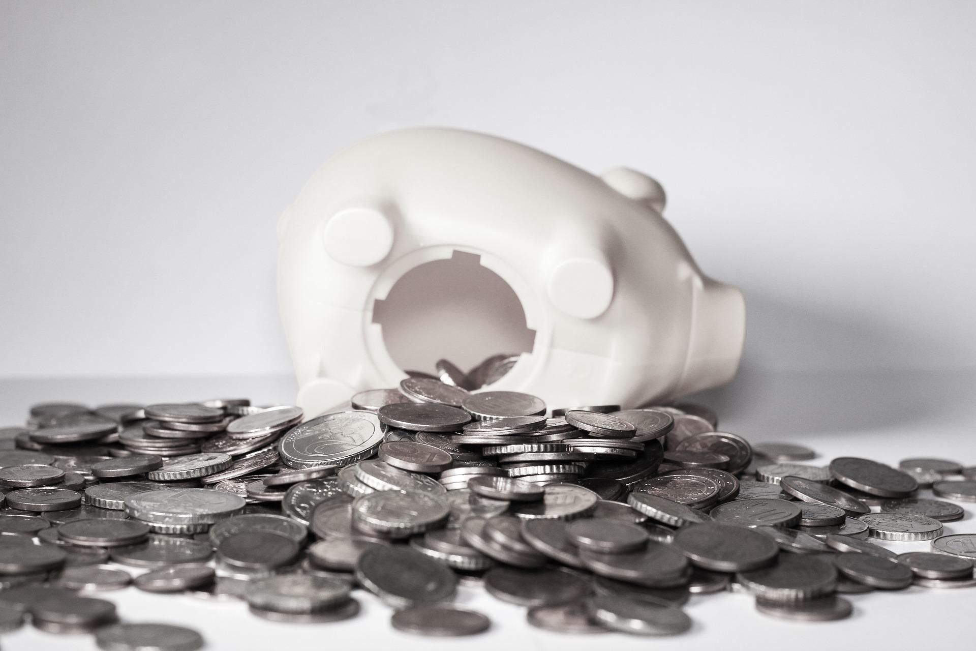 1ヶ月最大10万円「節約&貯金術」55選!!お金を貯める為に見直すべき私生活を厳選して紹介!!