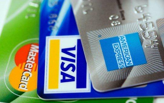 【2020年版】今すぐにお金を借りたい人にクレジットカードを項目別比較!!キャッシング 枠を利用して即日現金化!!